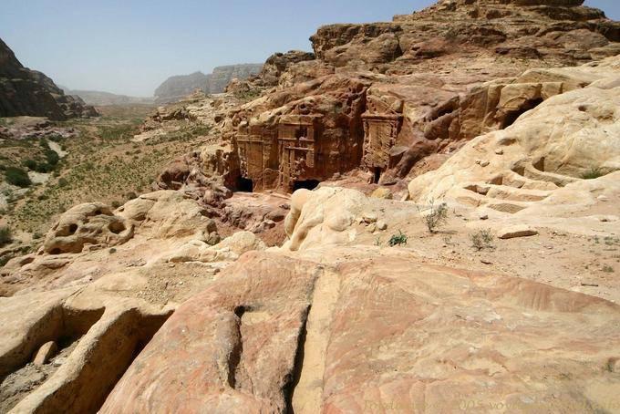 petra-wadi-el-metaha_232