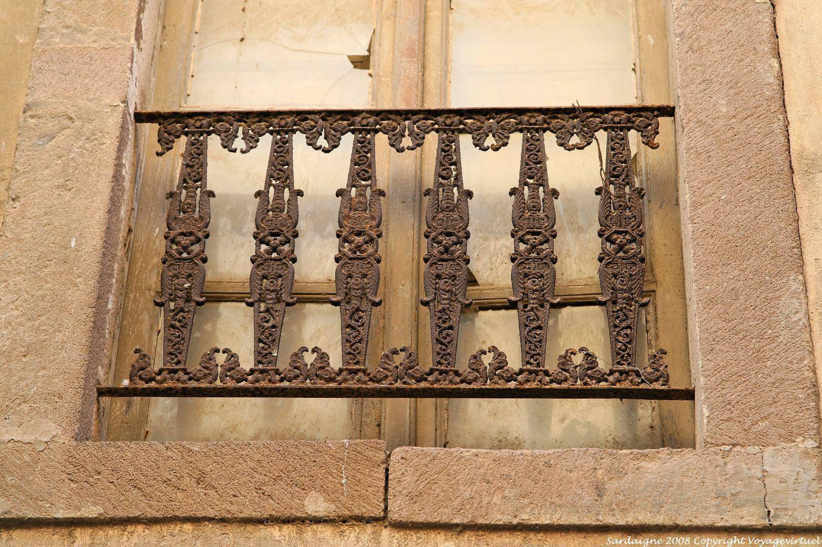 Bosa via carmine ringhiera in ferro finestra sardegna for Rambarde fenetre